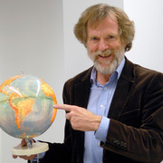 Prof Einhard Schmidt-Kallert
